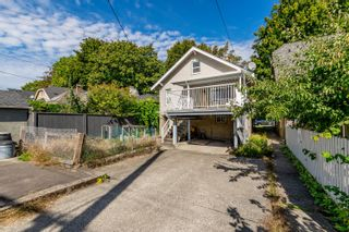 Photo 10: 2558 WILLIAM Street in Vancouver: Renfrew VE House for sale (Vancouver East)  : MLS®# R2620358