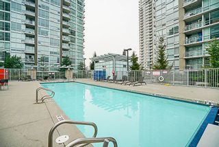 """Photo 19: 906 2978 GLEN Drive in Coquitlam: North Coquitlam Condo for sale in """"GRAND CENTRAL ONE"""" : MLS®# R2204292"""