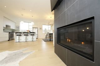 """Photo 4: 6 38447 BUCKLEY Avenue in Squamish: Downtown SQ Townhouse for sale in """"ARBUTUS GROVE"""" : MLS®# R2330599"""