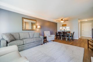"""Photo 17: 233 19528 FRASER Highway in Surrey: Cloverdale BC Condo for sale in """"Fairmont On The Boulevard"""" (Cloverdale)  : MLS®# R2615595"""