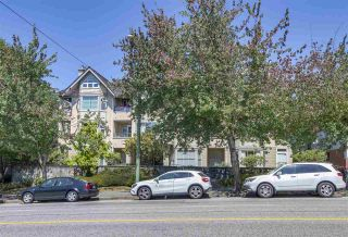 "Photo 2: 104 2355 W BROADWAY Street in Vancouver: Kitsilano Condo for sale in ""Connaught Park Place"" (Vancouver West)  : MLS®# R2306198"