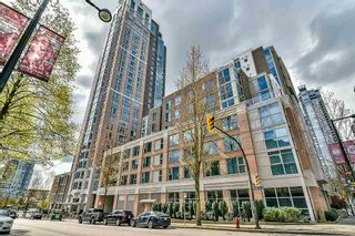 "Photo 1: 1106 388 DRAKE Street in Vancouver: Yaletown Condo for sale in ""GOVERNOR'S TOWER"" (Vancouver West)  : MLS®# R2162040"