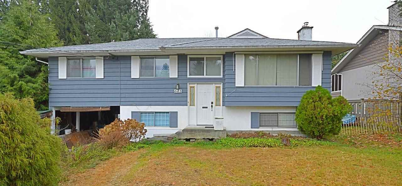 Photo 2: Photos: 645 CYPRESS Street in Coquitlam: Central Coquitlam House for sale : MLS®# R2017158