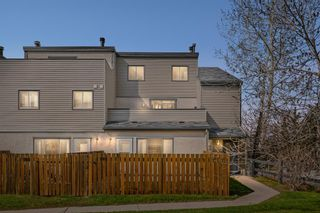 Main Photo: 101 1540 29 Street NW in Calgary: St Andrews Heights Row/Townhouse for sale : MLS®# A1108207
