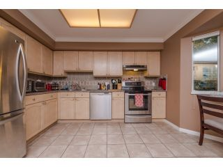 Photo 7: 5 2525 SHAFTSBURY Place in Port Coquitlam: Woodland Acres PQ Townhouse for sale : MLS®# R2013997