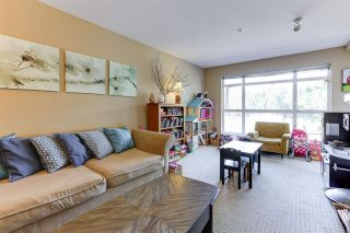 """Photo 4: 213 3142 ST JOHNS Street in Port Moody: Port Moody Centre Condo for sale in """"SONRISA"""" : MLS®# R2590870"""
