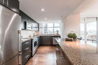 """Photo 4: 905 125 MILROSS Avenue in Vancouver: Mount Pleasant VE Condo for sale in """"CREEKSIDE"""" (Vancouver East)  : MLS®# R2218297"""