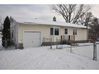 Photo 1: 68 DUBUC Bay Northwest in LORETTE: Dufresne / Landmark / Lorette / Ste. Genevieve Residential for sale (Winnipeg area)  : MLS®# 1223573