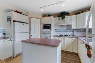 Photo 8: 152 Hawkmount Close NW in Calgary: Hawkwood Detached for sale : MLS®# A1103132