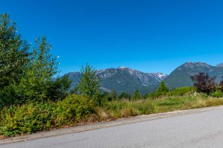 """Photo 4: 2013 GLACIER HEIGHTS Place in Squamish: Garibaldi Highlands Land for sale in """"Garibaldi Highlands"""" : MLS®# R2557068"""
