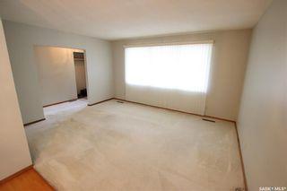 Photo 5: 825 East Centre in Saskatoon: Eastview SA Residential for sale : MLS®# SK870777