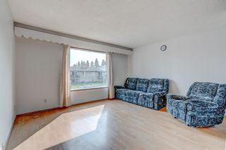 Photo 3: 4564 7 Avenue SE in Calgary: Forest Heights Row/Townhouse for sale : MLS®# A1146777