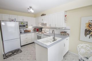 Photo 9: 302 355 Stewart Ave in : Na Brechin Hill Condo for sale (Nanaimo)  : MLS®# 874680