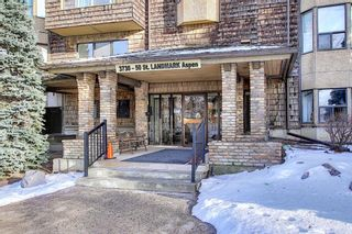Photo 1: 111 3730 50 Street NW in Calgary: Varsity Apartment for sale : MLS®# A1052222