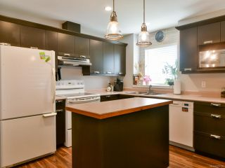 Photo 2: 14 1335 Creekside Way in CAMPBELL RIVER: CR Willow Point Row/Townhouse for sale (Campbell River)  : MLS®# 819199