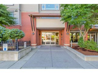 Photo 4: 420 33539 HOLLAND Avenue in Abbotsford: Central Abbotsford Condo for sale : MLS®# R2515308