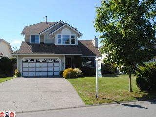 """Photo 1: 9271 156A Street in Surrey: Fleetwood Tynehead House for sale in """"BELAIR ESTATES"""" : MLS®# F1022168"""