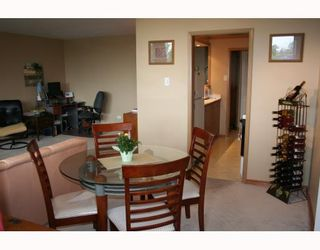 Photo 5:  in WINNIPEG: Fort Rouge / Crescentwood / Riverview Condominium for sale (South Winnipeg)  : MLS®# 2915624