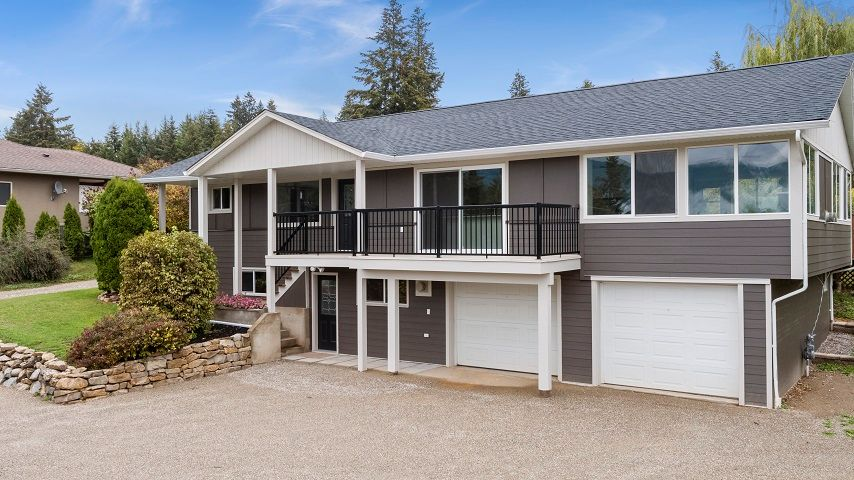 Main Photo: 2660 Northeast 25 Street in Salmon Arm: S. APPLEYARD House for sale (NE Salmon Arm)  : MLS®# 10165234