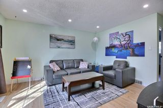 Photo 4: 1726 7th Avenue East in Regina: Glencairn Residential for sale : MLS®# SK847114