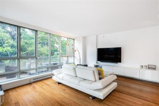 """Photo 4: 301 930 CAMBIE Street in Vancouver: Yaletown Condo for sale in """"PACIFIC PLACE LANDMARK II"""" (Vancouver West)  : MLS®# R2592533"""