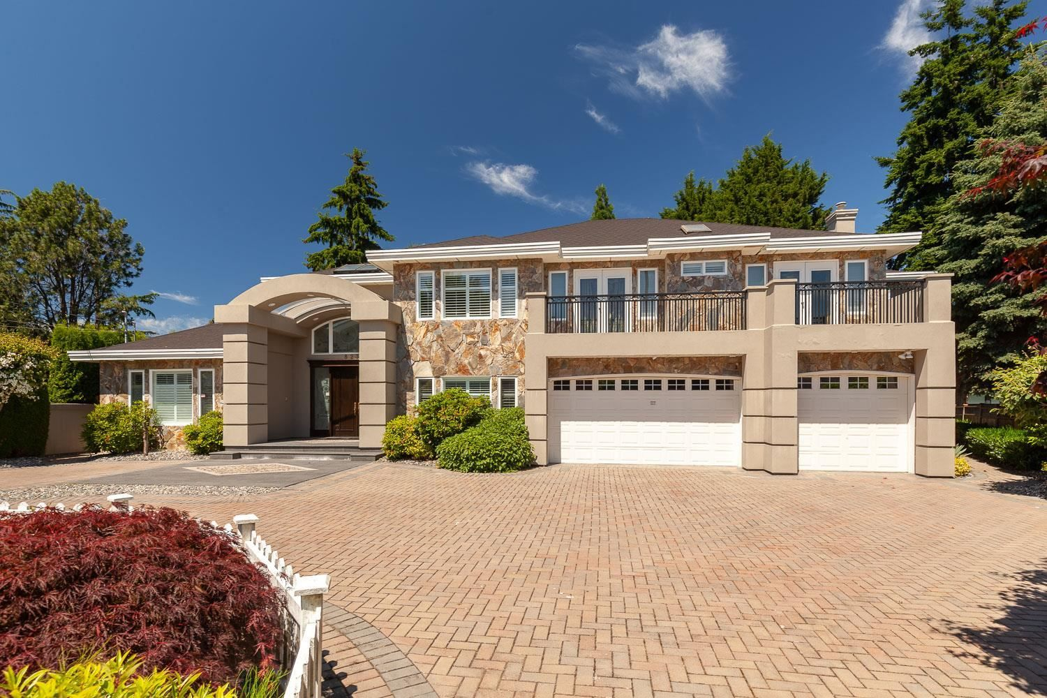 Main Photo: 8231 BOWCOCK Road in Richmond: Garden City House for sale : MLS®# R2595557