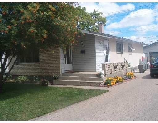 Main Photo: 116 BRELADE Street in WINNIPEG: Transcona Single Family Detached for sale (North East Winnipeg)  : MLS®# 2714213
