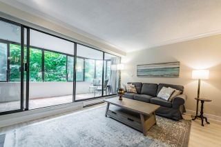 """Photo 4: 52 1425 LAMEY'S MILL Road in Vancouver: False Creek Condo for sale in """"Harbour Terrace"""" (Vancouver West)  : MLS®# R2499558"""