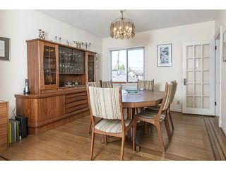 """Photo 4: 3641 W 15TH Avenue in Vancouver: Point Grey House for sale in """"POINT GREY"""" (Vancouver West)  : MLS®# V1006739"""