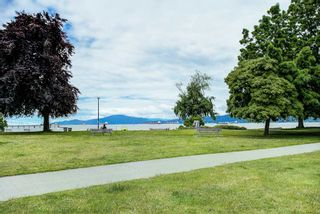 "Photo 18: 208 2110 CORNWALL Avenue in Vancouver: Kitsilano Condo for sale in ""Seagate Villa"" (Vancouver West)  : MLS®# R2515614"