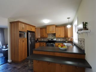 Photo 6: 274 Seneca Street in Portage la Prairie: House for sale : MLS®# 202106505