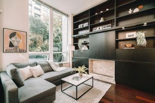 """Photo 11: 1057 RICHARDS Street in Vancouver: Downtown VW Townhouse for sale in """"THE DONOVAN"""" (Vancouver West)  : MLS®# R2623044"""