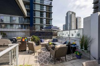 "Photo 1: 139 REGIMENT Square in Vancouver: Downtown VW Townhouse for sale in ""Spectrum 4"" (Vancouver West)  : MLS®# R2556173"