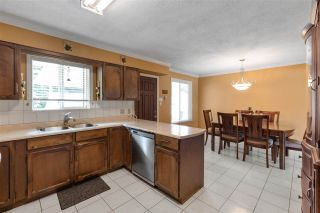 Photo 8: 980 WINSLOW Avenue in Coquitlam: Central Coquitlam House for sale : MLS®# R2589870