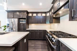 Photo 8: 216 E 20TH Street in North Vancouver: Central Lonsdale House for sale : MLS®# R2594496