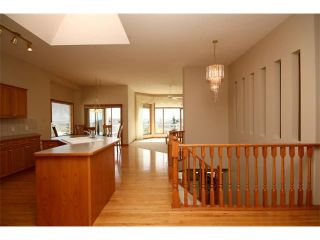 Photo 9: 4 Eagleview Place: Cochrane House for sale : MLS®# C4010361