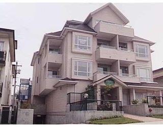"""Photo 1: 303 788 E 8TH Avenue in Vancouver: Mount Pleasant VE Condo for sale in """"CHELSEA COURT"""" (Vancouver East)  : MLS®# V743600"""