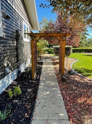 Photo 29: 19 West Park Drive in Battleford: West Park Residential for sale : MLS®# SK870617