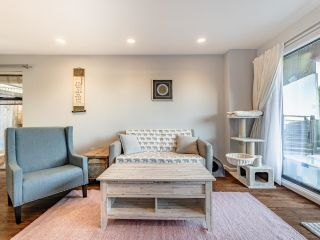"""Photo 3: 210 2120 W 2ND Avenue in Vancouver: Kitsilano Condo for sale in """"ARBUTUS PLACE"""" (Vancouver West)  : MLS®# R2625564"""