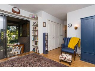 "Photo 12: 15955 ALDER Place in Surrey: King George Corridor Townhouse for sale in ""Alderwood Park"" (South Surrey White Rock)  : MLS®# R2099487"
