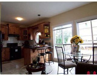 "Photo 6: 5 5889 152 Street in Surrey: Sullivan Station Townhouse for sale in ""SULLIVAN GARDENS"" : MLS®# F2725208"