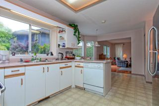 """Photo 10: 6325 HOLLY PARK Drive in Delta: Holly House for sale in """"HOLLY PARK"""" (Ladner)  : MLS®# R2101161"""