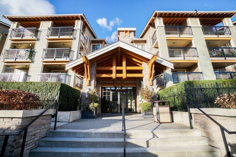 FEATURED LISTING: 204 - 21009 56 Avenue Langley