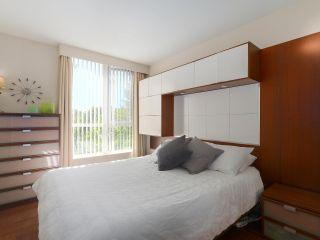 "Photo 12: 404 1485 W 6TH Avenue in Vancouver: False Creek Condo for sale in ""Carrara of Portico"" (Vancouver West)  : MLS®# R2408477"