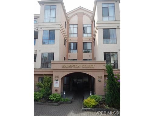 Main Photo: 109 545 Manchester Rd in VICTORIA: Vi Burnside Condo for sale (Victoria)  : MLS®# 672377