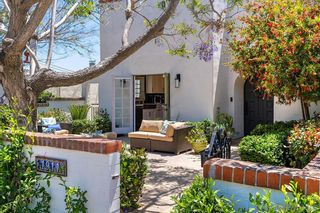 Photo 2: MISSION HILLS House for sale : 4 bedrooms : 1911 Titus Street in San Diego