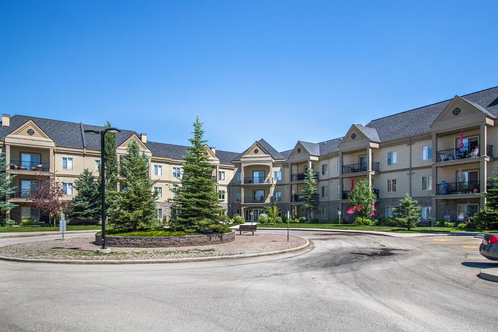 Main Photo: 325 52 Cranfield Link SE in Calgary: Cranston Apartment for sale : MLS®# A1123633