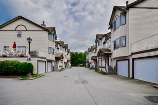 """Photo 5: 20 2352 PITT RIVER Road in Port Coquitlam: Mary Hill Townhouse for sale in """"SHAUGHNESSY ESTATES"""" : MLS®# R2064551"""