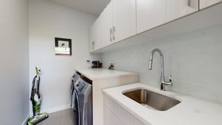Photo 18: 9248 90 Street in Edmonton: Zone 18 House Half Duplex for sale : MLS®# E4252934