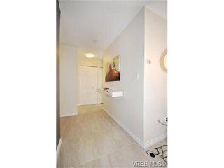 Photo 6: 205 3255 Glasgow Ave in VICTORIA: SE Quadra Condo for sale (Saanich East)  : MLS®# 672961